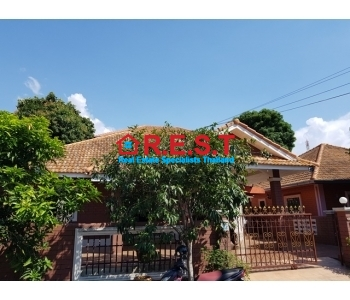 Rent 3 bedroom  Pattaya house
