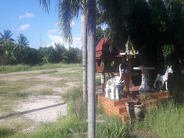 Land for rent Huay Yai for development