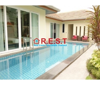 Pattaya house for sale close to golf