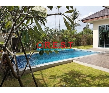 Modern 3 bed Huay Yai house sale