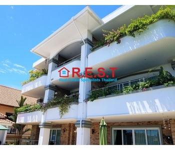 Pattaya Pratamnak 2 bedroom condominium for quick sale