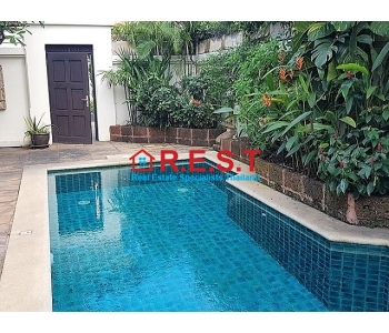 View Talay Villas 2 bed house Jomtien rent N/A