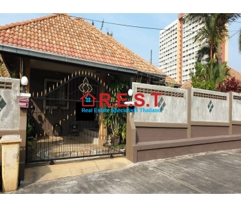 Pattaya Jomtien corner  House For Sale