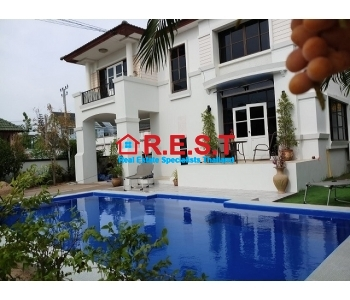 Pattaya 3 bedroom house for rent private pool