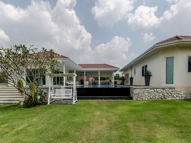 Pattaya 5 bedroom house rent
