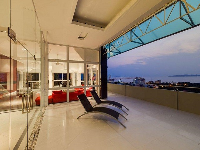 Penthouse for sale reduced,
